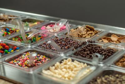 Toppings for yogurt ~ Five Spot Yogurt